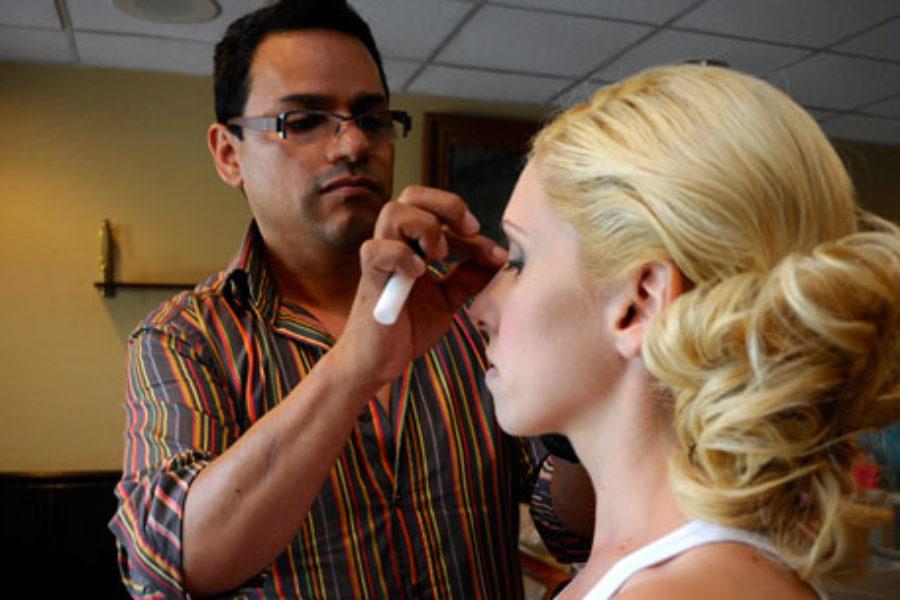 JaimeG doing makeup