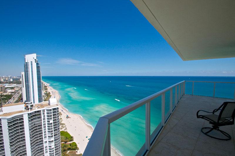 Luxury Miami Real Estate Photography on Hibiscus Island Miami